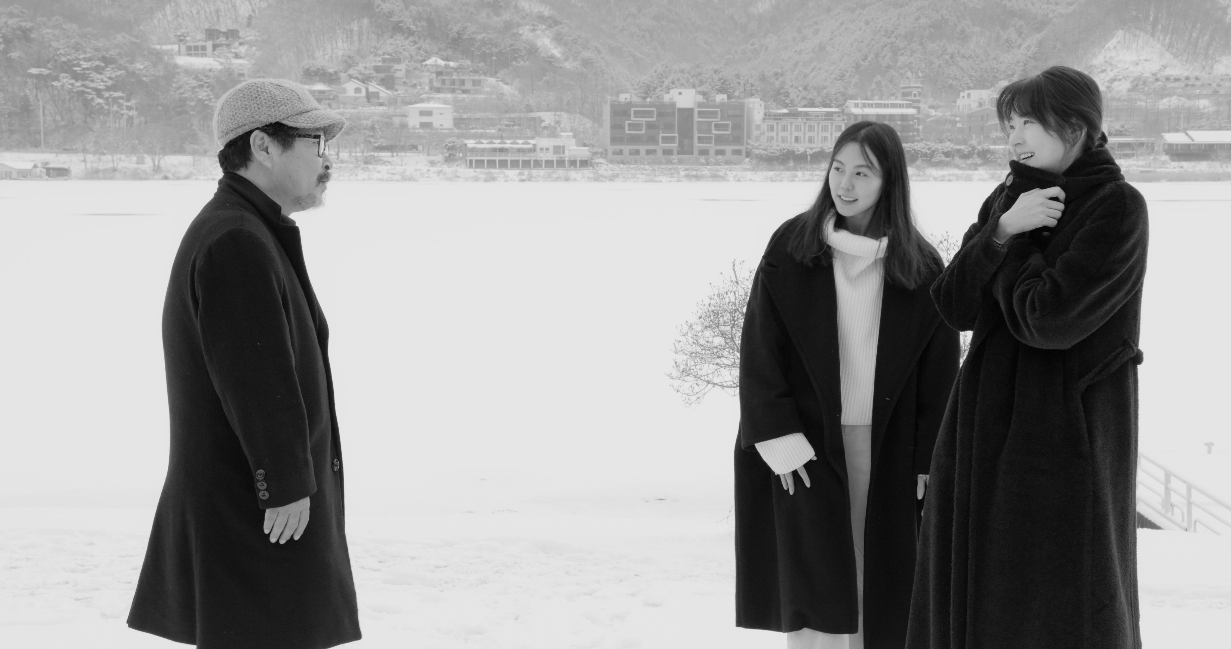 Hotel by the river (2020) Hong Sangsoo
